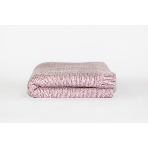 Rožinės spalvos pledukas