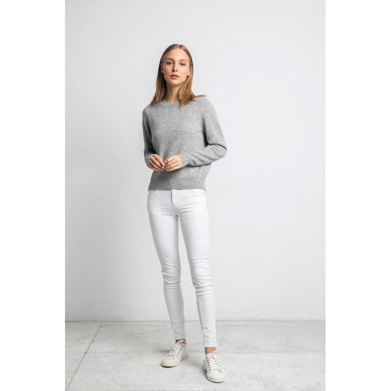 Klasikinis megztinis apvaliu kaklu Andrea, pilkos spalvos