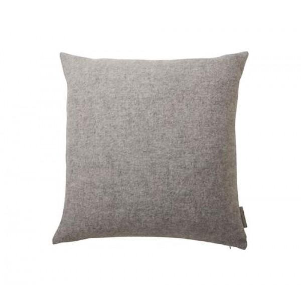 MALA pilkos spalvos pagalvėlė