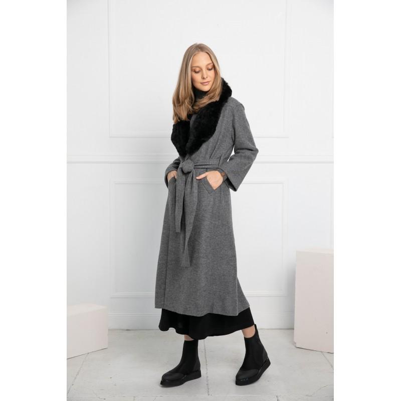 Pilkos spalvos elegantiškas paltas Alondra su juodos spalvos kailine alpakos apykakle