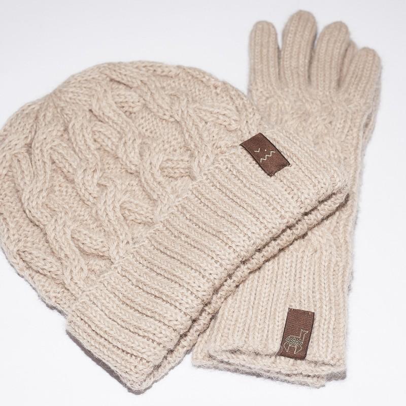 Smėlio spalvos kepurės ir pirštinių komplektas