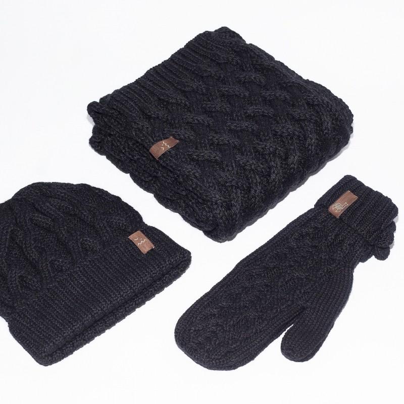 Juodos spalvos kepurės, šaliko ir pirštinių komplektas