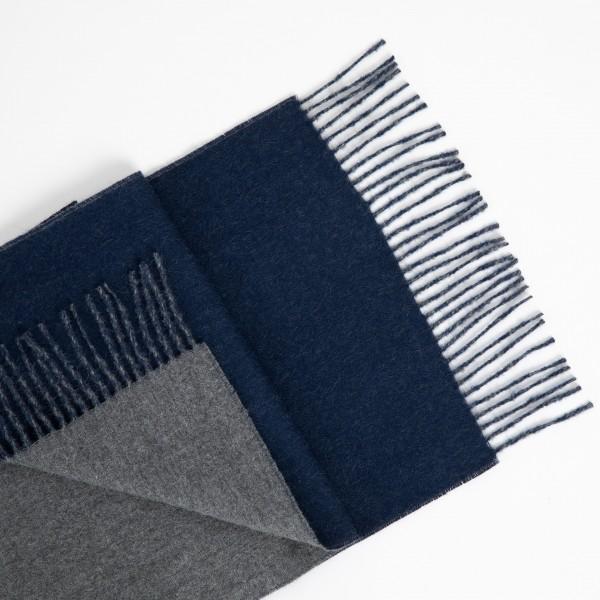 Dvipusis pilkos-tamsiai mėlynos spalvos šalikas
