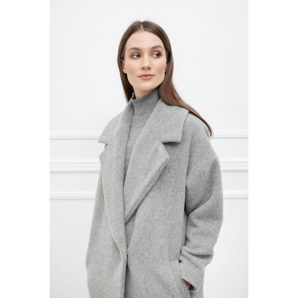 Šviesiai pilkas alpakos vilnos paltas Žiema